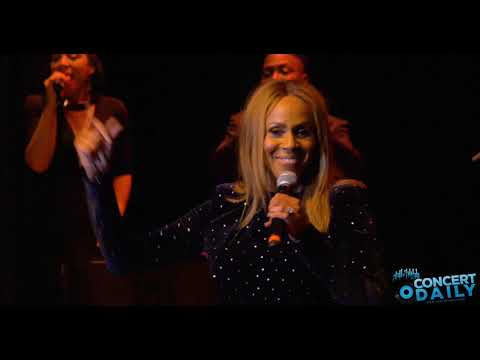 Deborah Cox Performs