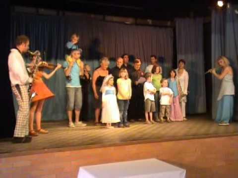 Video dromadaire qui blat re for Dujardin dromadaire