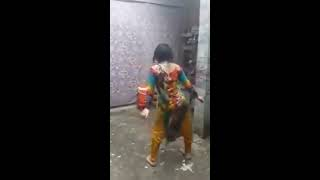 Private Dance party of Pakistani Beautiful Girl Dance Dance Moves In Rain   Viral Dance