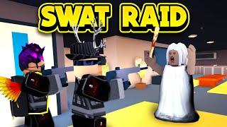 SWAT RAIDING GRANNY'S HOUSE! (ROBLOX Jailbreak)