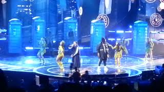 "ZION Y LENNOX ""HOLA"" CLIP @ 2018 LATIN AMERICAN MUSIC AWARDS PT.14/43"