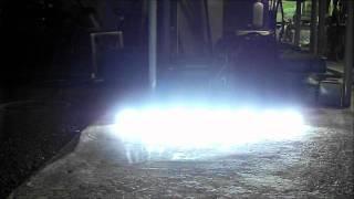 車両に設置前、単体での点灯試験動画です。 さて、どこに取り付けますか...
