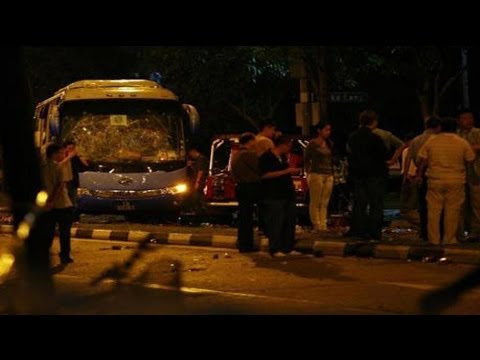 Riot erupts in Singapore after bus kills migrant worker
