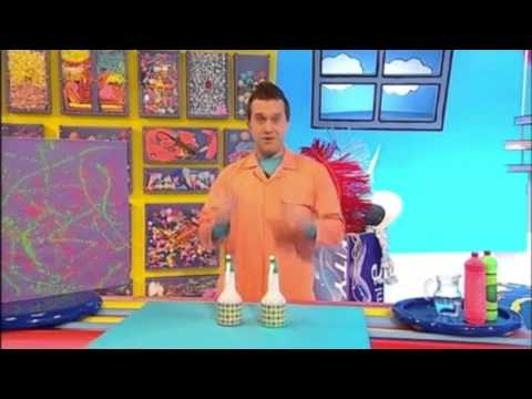 Spray Paint Picture Make! | Mister Maker