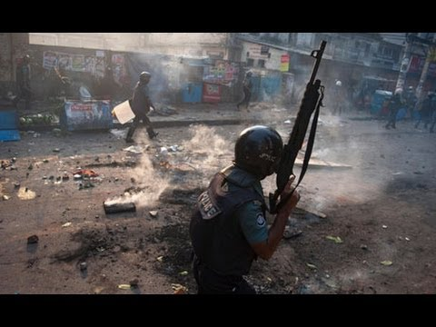 Dhaka police clash with Islamic activists