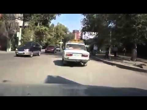 Как перевезти груз на легковой машине, спросите у этого водителя