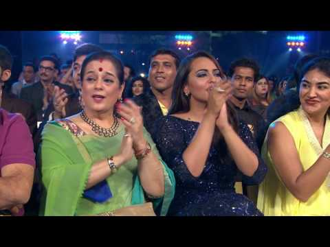 Best Female Actpr Deepika Padukone