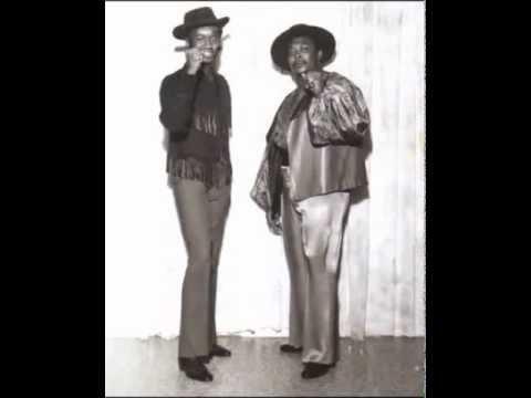 Chuck and Mac - Powerful Love (Looper Soundtrack)