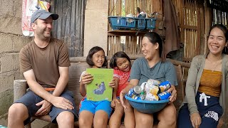 Home Tour & Gifts for Filipino Family (Spider Girls Family - Jenny Lee)