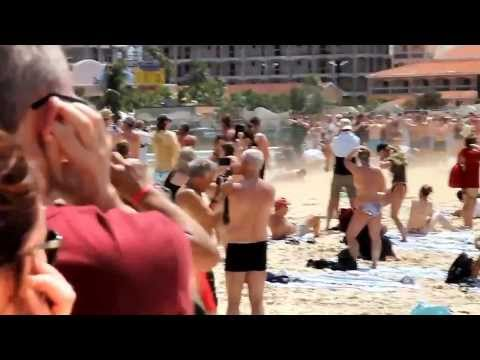 Jet Blast Injuries at St  Maarten Beach - Idiots live