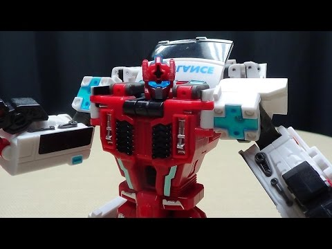TFC Toys RED CROSS (First Aid): EmGo's Transformers Reviews N' Stuff