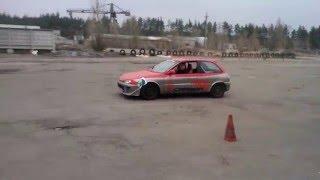 Урок вождения в Контр аварийном центре Карбон www.carbon.co.ua (полицейский разворот)