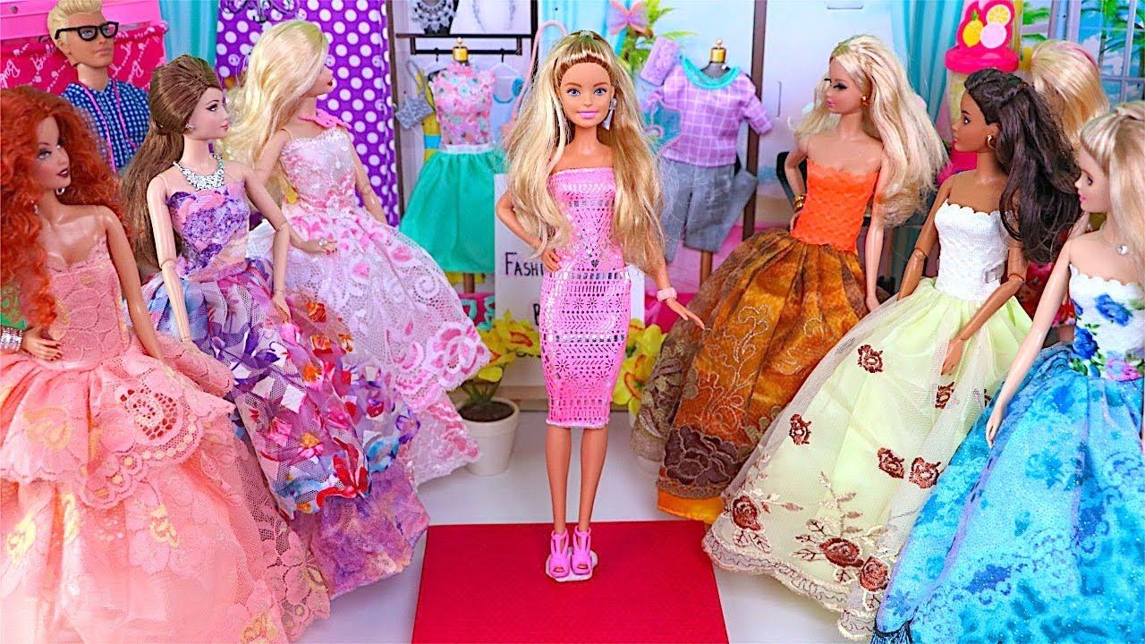 Desfile de moda de Barbie con nuevos vestidos de noche