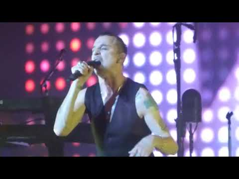 Depeche Mode - A Pain That I'm Used To (Houston 09.24.17) HD