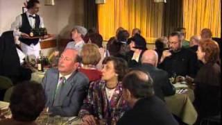Familie Heinz Becker - Busfahrt nach Lourdes [Komplette Folge]