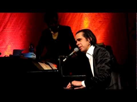 Nick Cave and the Bad Seeds - God Is in the House (Live)