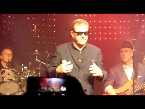 MADNESS – It Must Be Love live in Copenhagen 5 November 2017 excellent sound