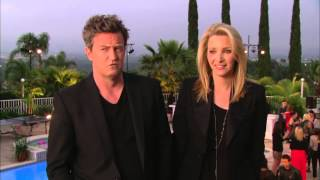 Hollywood Game Night  Matthew Perry & Lisa Kudrow Interview