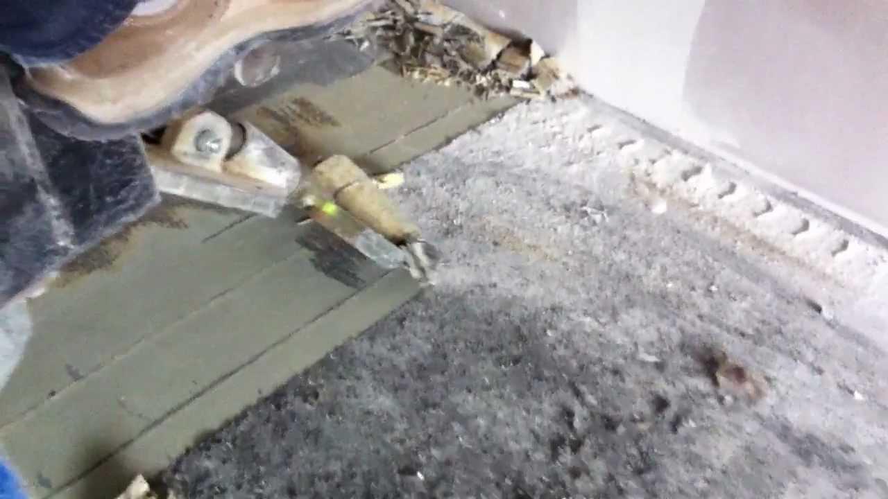 vloersterk verwijderen rubberen lijmlaag van beton youtube. Black Bedroom Furniture Sets. Home Design Ideas