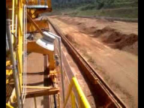 Vídeo 03 mina d niquel vermelho padio e empilhdeira