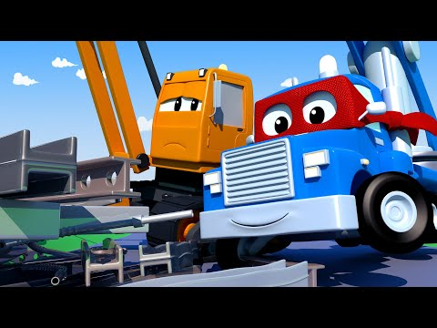 Carl the Super Truck -  The MAGNET CRANE - Car City ! Cars and Trucks Cartoon for kids