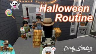 Roblox Bloxburg| Mom & Baby Halloween Routine