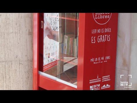 VÍDEO: Vuelven a la actividad las vitrinas callejeras del programa 'Libros Libres' tras el estado de alarma