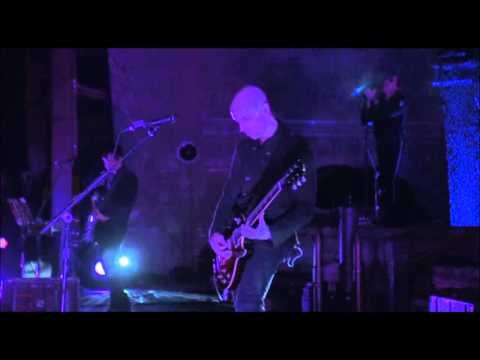 A Perfect Circle - When The Levee Breaks - Live at Red Rocks - Stone & Echo
