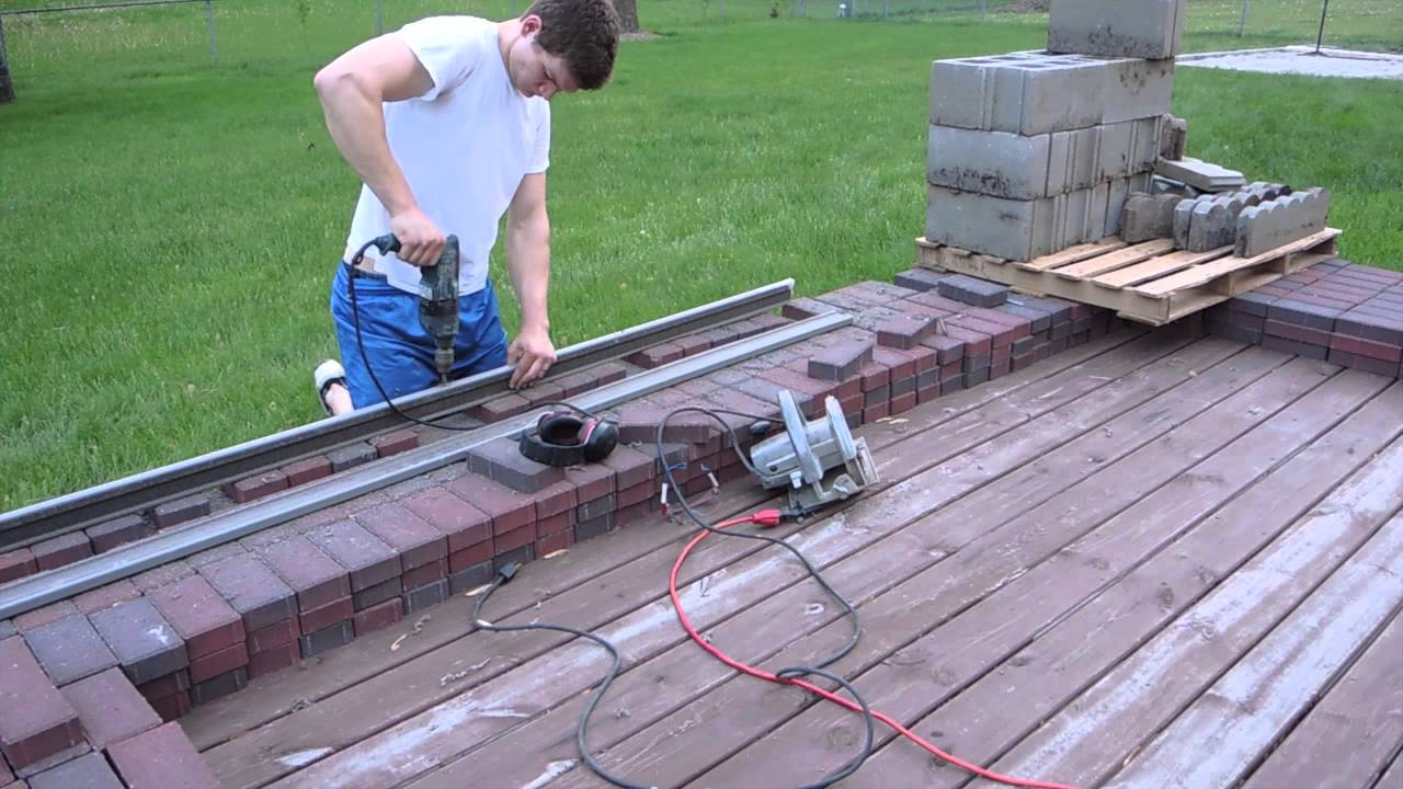 Cheap Long Lasting Paver Patio Edging - YouTube