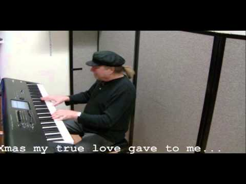 12 Days of Christmas  piano  with lyrics