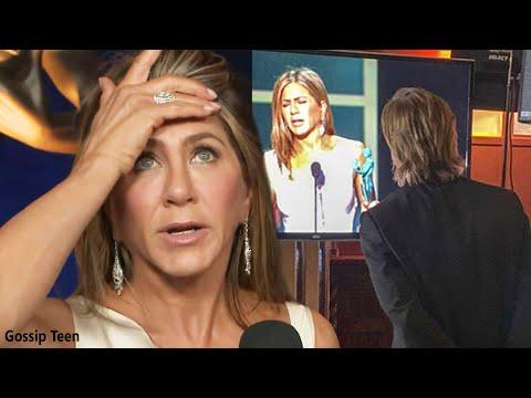 Jennifer Aniston Reacciona Al Clip De Brad Pitt Viéndola Ganar