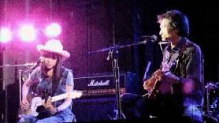 加藤義明(ex:村八分) with Chihana at 吉祥寺 GB 2010年7月15日 - Yos...