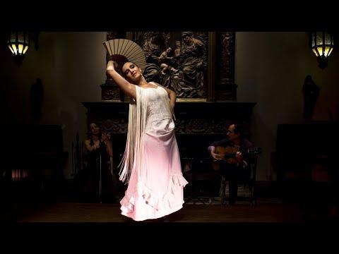 "<h3 class=""list-group-item-title"">Espectáculo consagrado¨A la Luz del Flamenco¨</h3>"