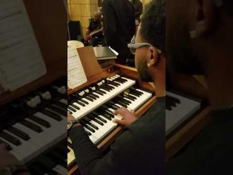 """Lil Darius killin' on the Hammond organ...""""Every Praise"""" (11/4/16)"""