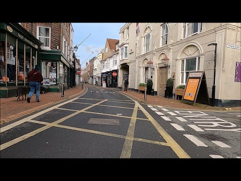 Virtual Walk - Cowes High Street - Isle Of Wight - December 2020 | kittikoko