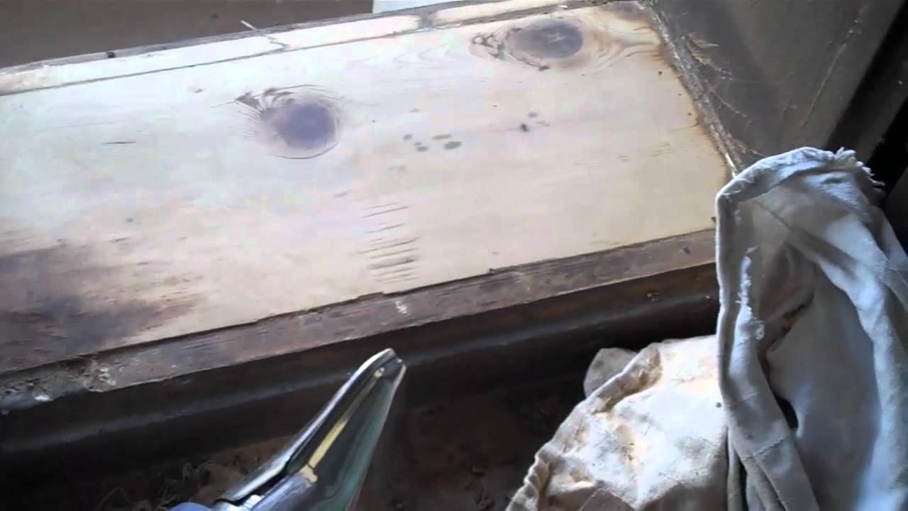 Festék eltávolítása fémről hőlégfúvóval