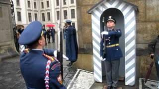 捷克總統府衛兵交接 mov