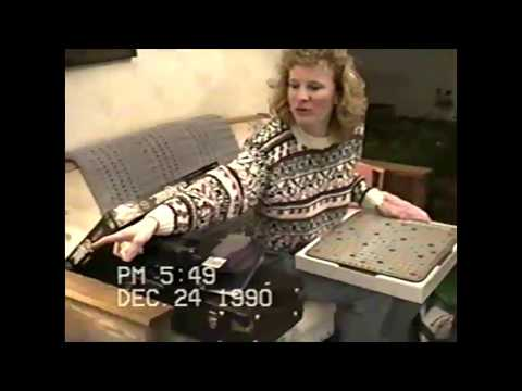 1990-12-24 Holje Christmas Eve Gift Opening