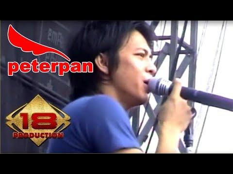 PETERPAN ~ JAUH MIMPIKU (LIVE KONSER MATARAM 4 NOVEMBER 2007) Mp3