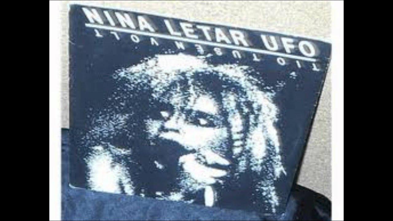 Nina Letar Ufo
