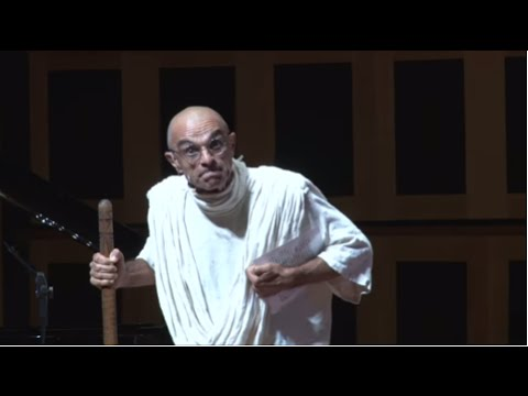 A TEDTalk do Gandhi | João Signorelli | TEDxSaoPaulo