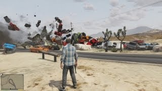 GTA V - Massive chain reaction explosions (100+ cars)
