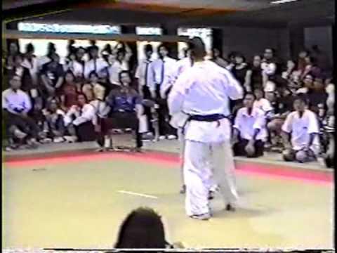 極真会館 2001年京都大会 樋口恵士 準決勝 (Kyokushin 2001 Kyoto) 滋賀空手