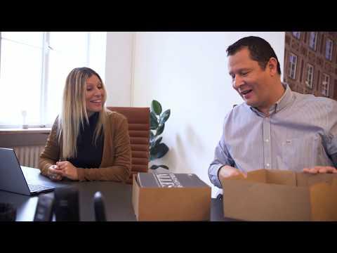 unboxing---das-neue-immobilienmakler-sahnestück-in-münchen-ist-da!-vlog-7:-der-büro-tag
