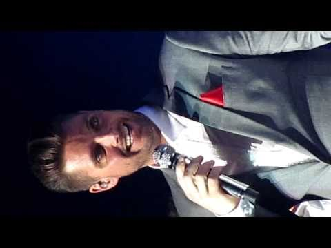 Boyzone - Keith Duffy shows us he can hit the high notes (Ave Maria) Live at Birmingham's LG Arena