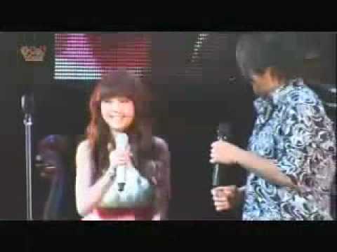 Ken Zhu & Rainie Yang - Qing Fei De Yi - Getting Real Concert