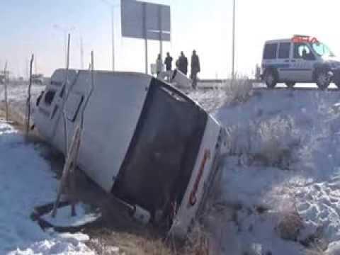 Erzurum'da trafik kazası  10 yaralı video