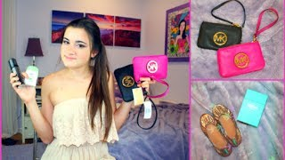 What's in my Prom Clutch + Giveaway! Thumbnail