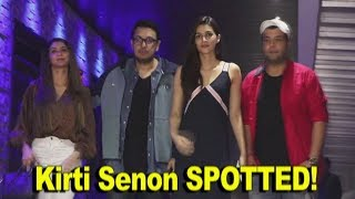 KRITI SANON ,VARUN SHARMA & DINESH VIJAN SPOTTED HAKASAN | TOP NEWS JUST4U