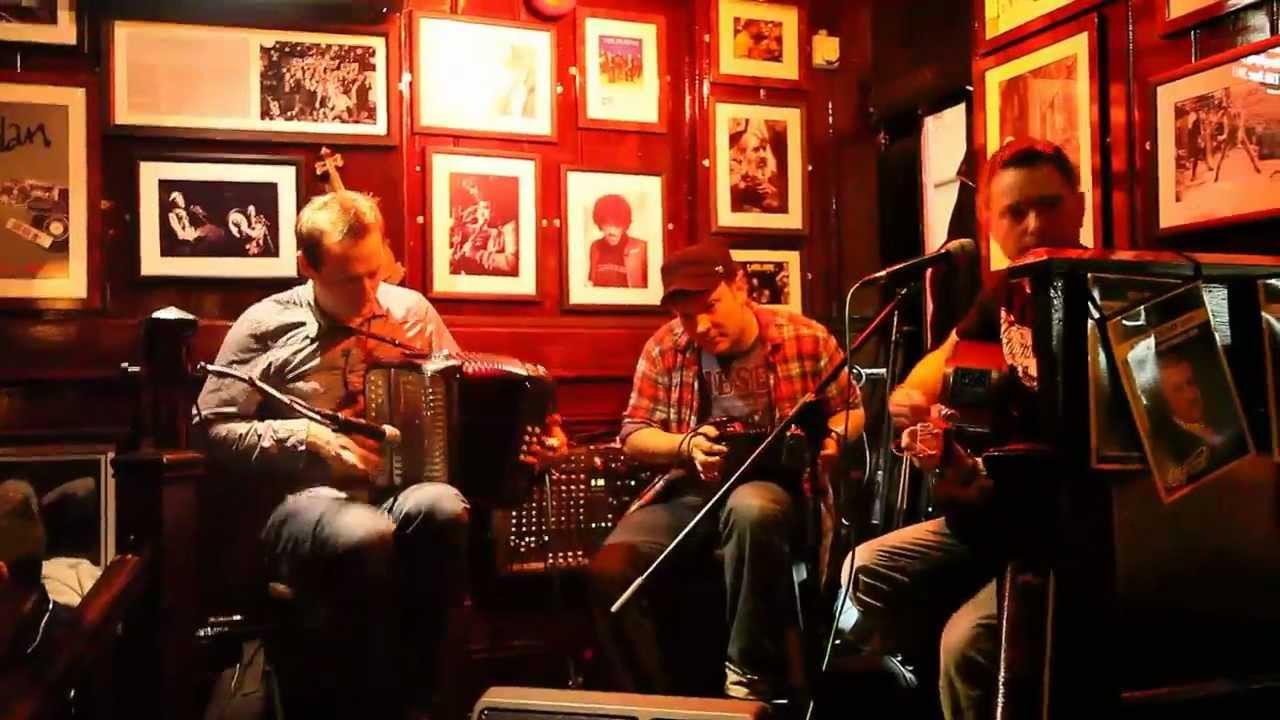 Resultado de imagen para irish music temple bar